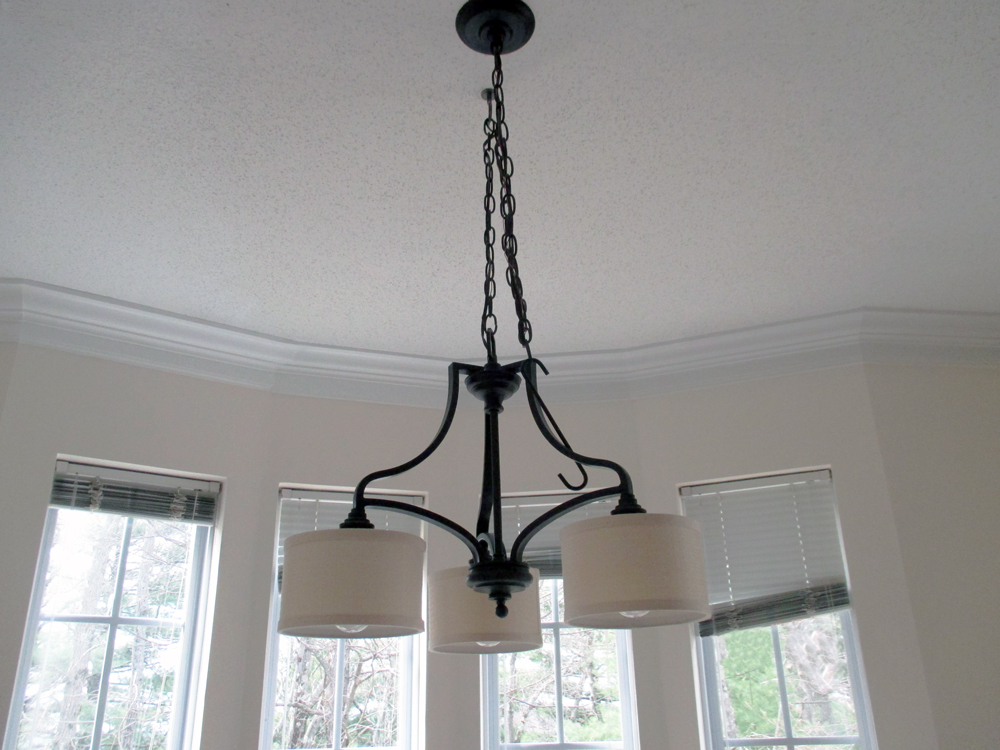 Avalon Apartments Dining Room Chandelier